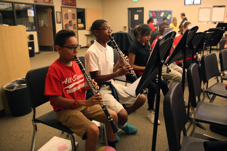 Fox Meadow Middle School / Homepage